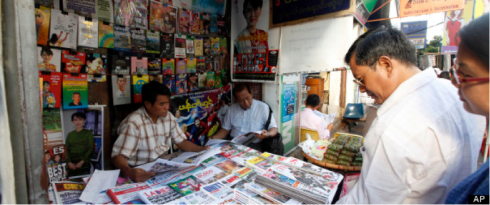 Myanmar kiosk flooded with fresh privately owned newspapers (Courtesy: Huff post)