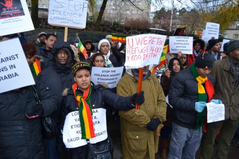 Ethiopians protesting in front of the Saudi embassy in Helsinki (Credit: Tsedey G.Mariam)