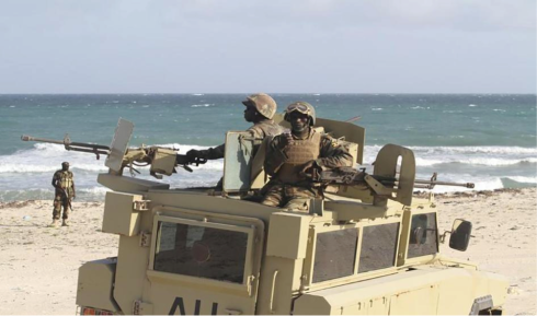 Ugandan soldiers from the African Union Forces in Somalia (AMISOM) during an operation at the seaport of Elmaan, near Mogadishu, Somalia on September 4, 2012/Reuters