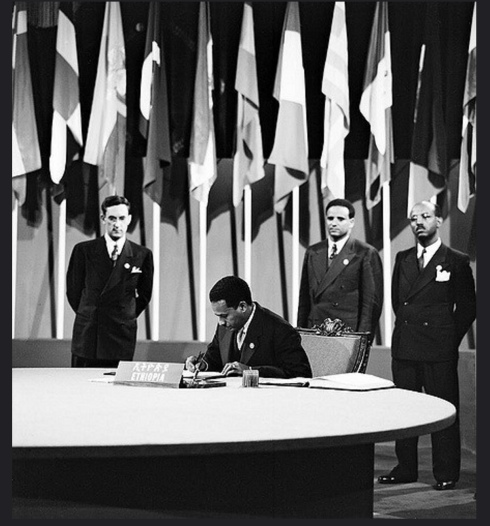 The Ethiopian delegation headed by Ato Ambaye Woldemariam, Vice-Minister of Justice signing the Charter on June 26, 1945 (UN Photo)